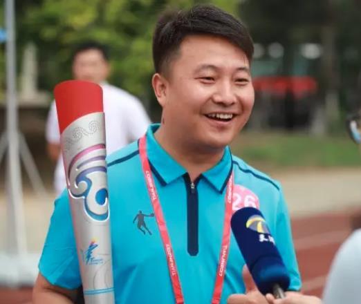 贝斯特全球最奢华老虎机平台副会长刘涛